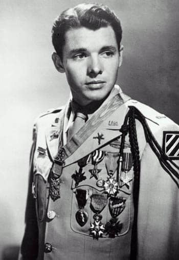 war hero, famous war heroes, audie murphy of texas