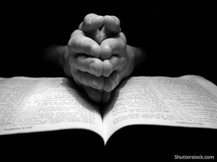 christian-bible-prayer-hands-BW
