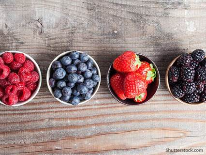 food-berries-wood