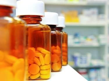В аптеках Курска продавали некачественные лекарства