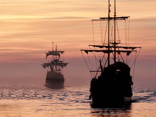 Columbus Day old-fashioned ships