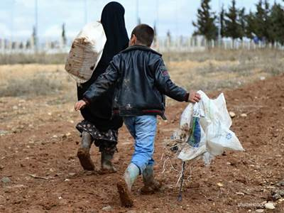 ISIS victims flee