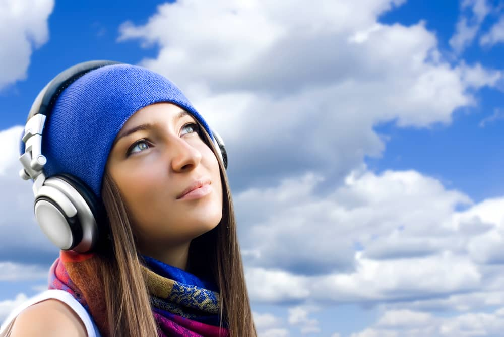 Find Joy_Listening to music