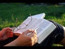 14 Buenas razones para leer la Biblia