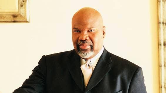 bishop td jakes bio, inspiring african americans, black history month, beliefnet most inspiring