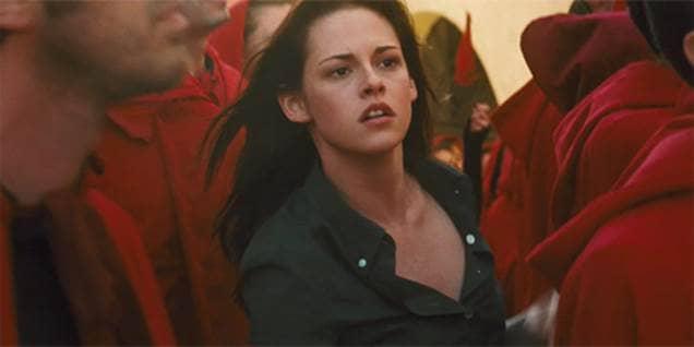 Bella Saves Edward