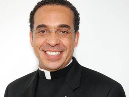 Rev. John Nunes