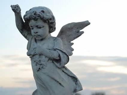 Angel cemetary statue